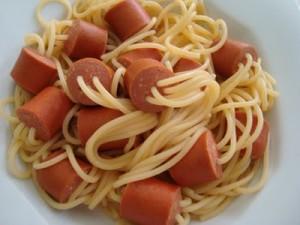 esparguete_salsichas1