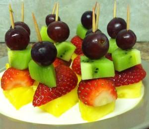 espetada_frutas
